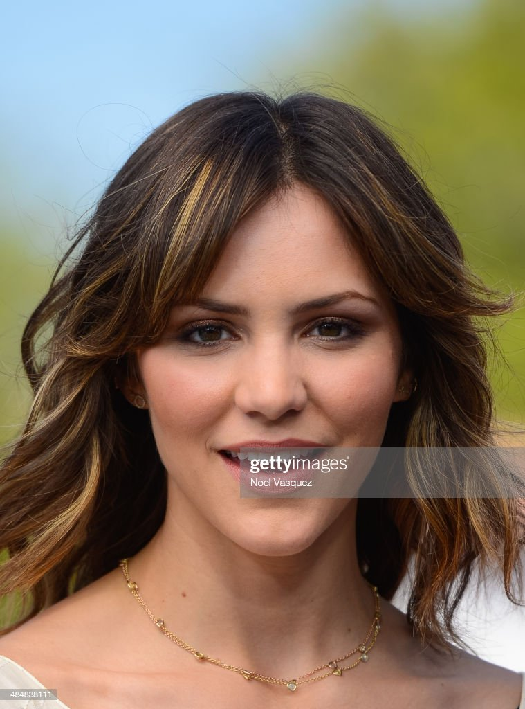 <a gi-track='captionPersonalityLinkClicked' href=/galleries/search?phrase=Katharine+McPhee&family=editorial&specificpeople=581492 ng-click='$event.stopPropagation()'>Katharine McPhee</a> visits 'Extra' at Universal Studios Hollywood on April 14, 2014 in Universal City, California.