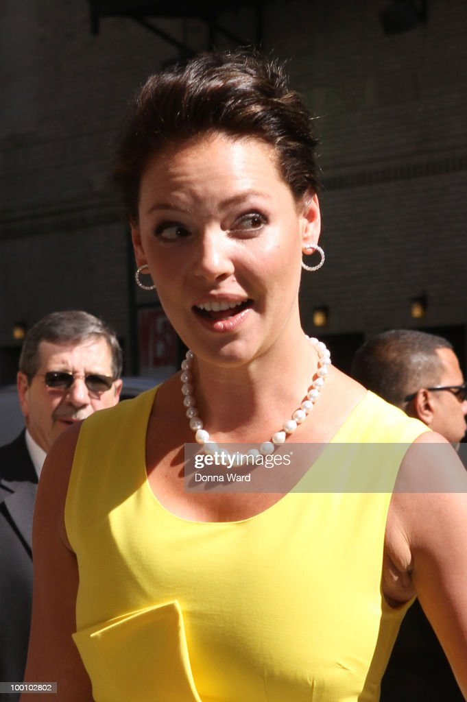 Katherine Heigel visits ''Late Show With David Letterman'' at the Ed Sullivan Theater on May 20, 2010 in New York City.