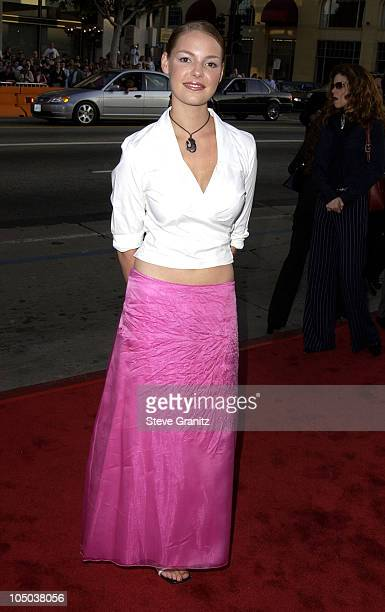 Katherine Heigl during 'Windtalkers' Premiere at Grauman's Chinese Theatre in Hollywood California United States