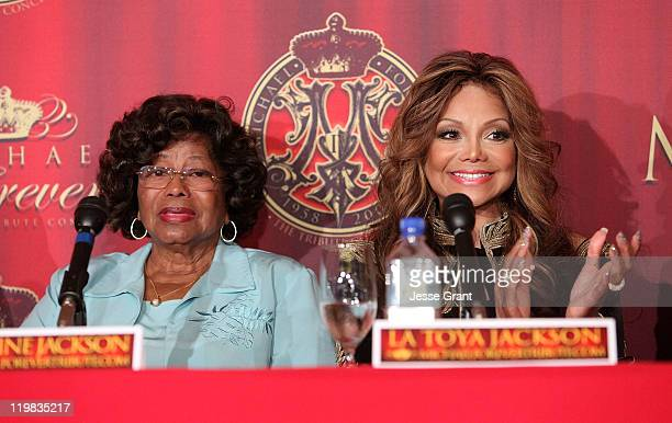 Katherine Jackson and La Toya Jackson speak during the Jackson Family press conference for global announcement at the Beverly Hills Hotel on July 25...