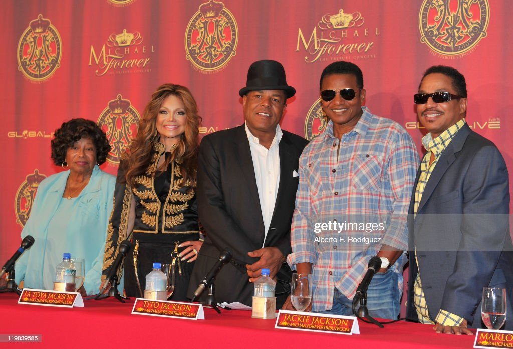 <a gi-track='captionPersonalityLinkClicked' href=/galleries/search?phrase=Katherine+Jackson+-+Jackson+Family&family=editorial&specificpeople=201779 ng-click='$event.stopPropagation()'>Katherine Jackson</a> and musicians La Toya Jackson, <a gi-track='captionPersonalityLinkClicked' href=/galleries/search?phrase=Tito+Jackson&family=editorial&specificpeople=216556 ng-click='$event.stopPropagation()'>Tito Jackson</a>, <a gi-track='captionPersonalityLinkClicked' href=/galleries/search?phrase=Jackie+Jackson&family=editorial&specificpeople=212794 ng-click='$event.stopPropagation()'>Jackie Jackson</a> and <a gi-track='captionPersonalityLinkClicked' href=/galleries/search?phrase=Marlon+Jackson+-+Musician&family=editorial&specificpeople=914632 ng-click='$event.stopPropagation()'>Marlon Jackson</a> attend a live press conference announcing Global Live Events' International Historical Trubute Concert honoring the late pop icon Michael Jackson on July 25, 2011 in Beverly Hills, California.