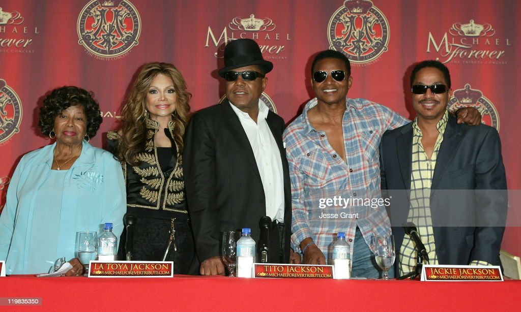 <a gi-track='captionPersonalityLinkClicked' href=/galleries/search?phrase=Katherine+Jackson+-+Jackson+Family&family=editorial&specificpeople=201779 ng-click='$event.stopPropagation()'>Katherine Jackson</a>, La Toya Jackson, <a gi-track='captionPersonalityLinkClicked' href=/galleries/search?phrase=Tito+Jackson&family=editorial&specificpeople=216556 ng-click='$event.stopPropagation()'>Tito Jackson</a> and <a gi-track='captionPersonalityLinkClicked' href=/galleries/search?phrase=Marlon+Jackson+-+Musician&family=editorial&specificpeople=914632 ng-click='$event.stopPropagation()'>Marlon Jackson</a> attend the Jackson Family press conference for global announcement at the Beverly Hills Hotel on July 25, 2011 in Beverly Hills, California.