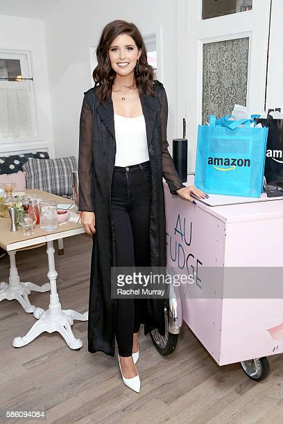 Katherine Schwarzenegger hosts an Amazon Echo cooking class at AU FUDGE on August 4 2016 in West Hollywood California