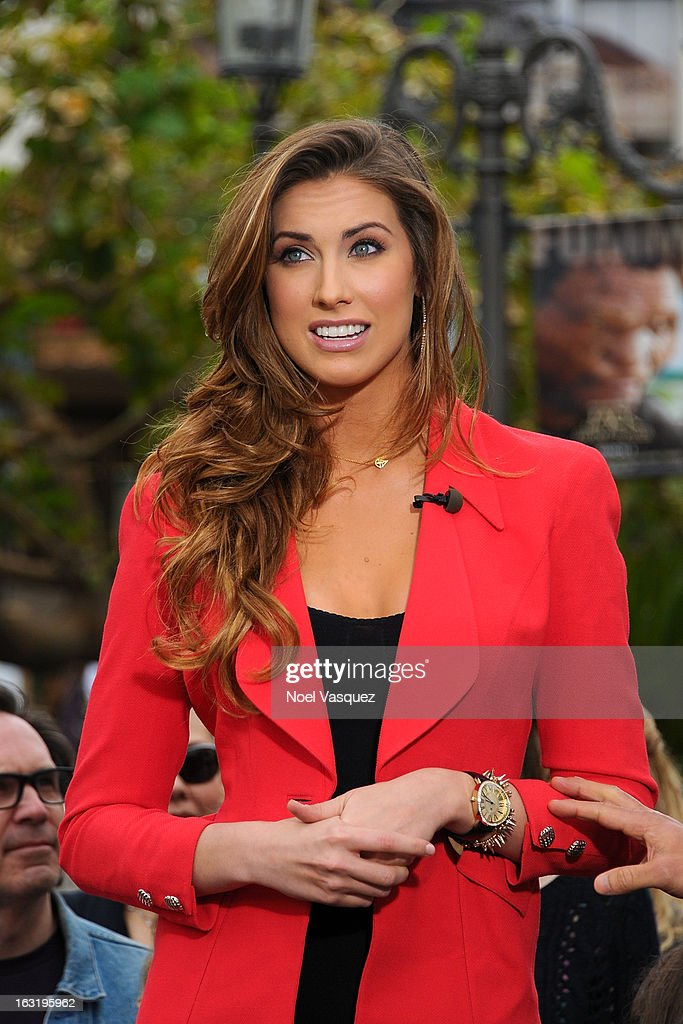 Katherine Webb visits 'Extra' at The Grove on March 5, 2013 in Los Angeles, California.