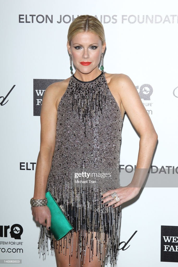 Kathleen Robertson arrives at the 20th Annual Elton John AIDS Foundation Academy Awards viewing party held across the street from the Pacific Design Center on February 26, 2012 in West Hollywood, California.
