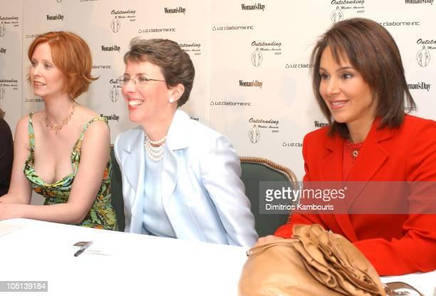 Kathleen Turner Cynthia Nixon Darlene Daggett and Rosanna Scotto