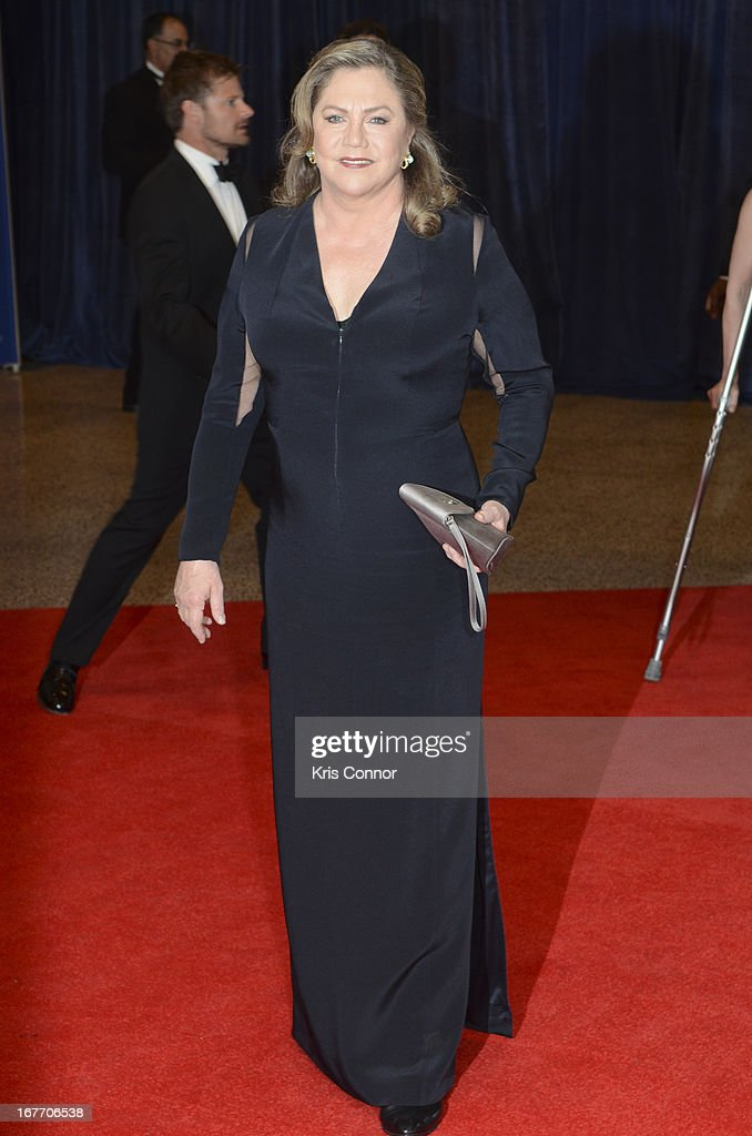 Kathleen Turner poses on the red carpet during the White House Correspondents' Association Dinner at the Washington Hilton on April 27, 2013 in Washington, DC.