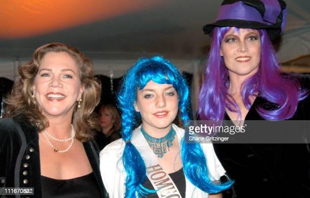 Kathleen Turner Rachel Turner and Sigourney Weaver