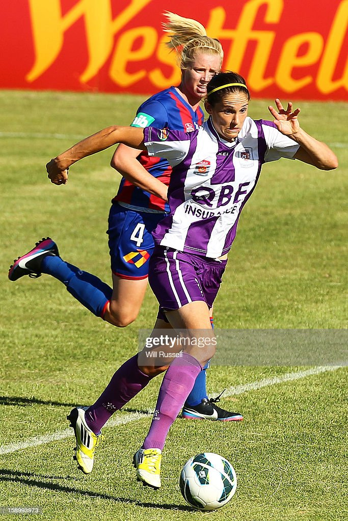 Kathryn Gill of the Glory controls the ball during the round 11 W-League match between the Perth Glory and the Newcastle Jets at Intiga Stadium on January 5, 2013 in Perth, Australia.