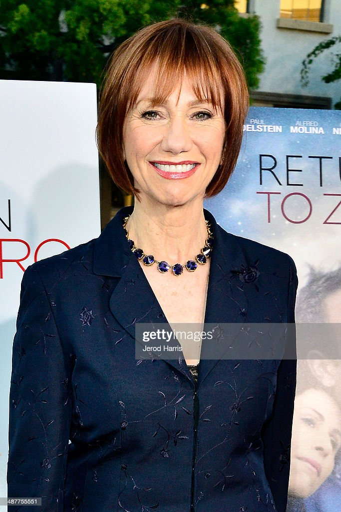 <a gi-track='captionPersonalityLinkClicked' href=/galleries/search?phrase=Kathy+Baker&family=editorial&specificpeople=208781 ng-click='$event.stopPropagation()'>Kathy Baker</a> arrives at the Premiere of Lifetime Television's 'Return To Zero' at Paramount Theater on the Paramount Studios lot on May 1, 2014 in Hollywood, California.