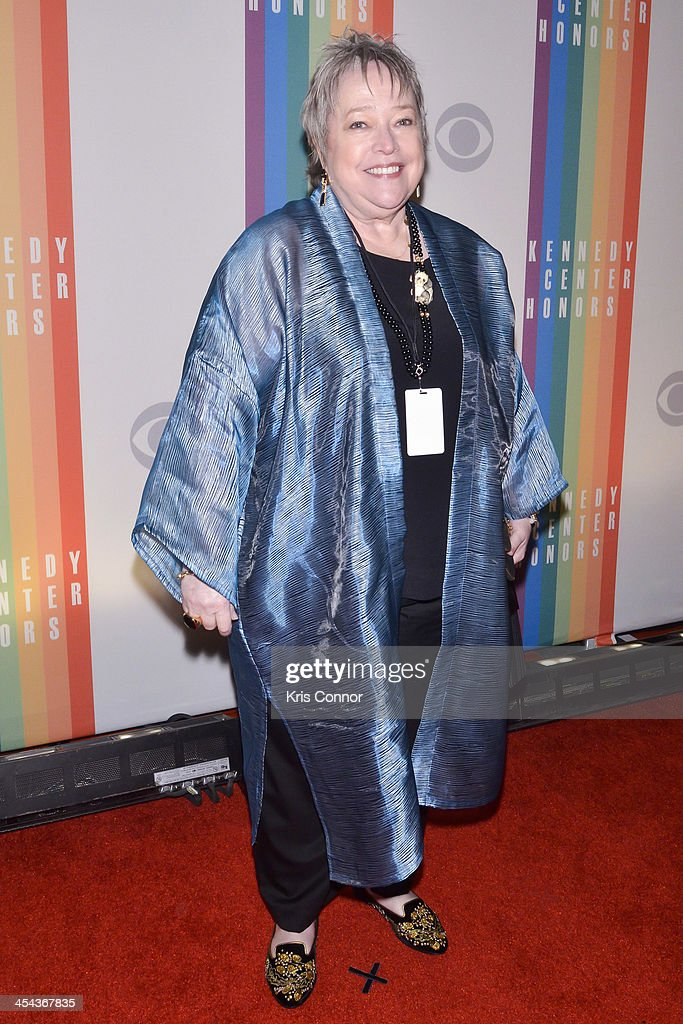 <a gi-track='captionPersonalityLinkClicked' href=/galleries/search?phrase=Kathy+Bates+-+Actor&family=editorial&specificpeople=171565 ng-click='$event.stopPropagation()'>Kathy Bates</a> poses on the red carpet during the The 36th Kennedy Center Honors gala at the Kennedy Center on December 8, 2013 in Washington, DC.
