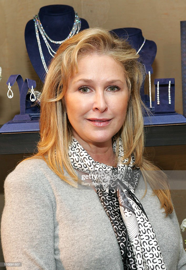 <a gi-track='captionPersonalityLinkClicked' href=/galleries/search?phrase=Kathy+Hilton&family=editorial&specificpeople=209306 ng-click='$event.stopPropagation()'>Kathy Hilton</a> at Hearts On Fire during The 2007 Luxury Lounge Presents Marie Claire Fashion Closet - Day 1 at Four Seasons in Beverly Hills, California, United States.