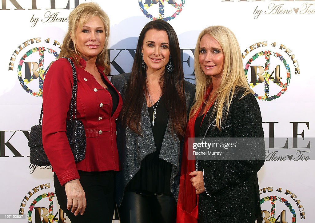 <a gi-track='captionPersonalityLinkClicked' href=/galleries/search?phrase=Kathy+Hilton&family=editorial&specificpeople=209306 ng-click='$event.stopPropagation()'>Kathy Hilton</a>, <a gi-track='captionPersonalityLinkClicked' href=/galleries/search?phrase=Kyle+Richards&family=editorial&specificpeople=2586434 ng-click='$event.stopPropagation()'>Kyle Richards</a>, and <a gi-track='captionPersonalityLinkClicked' href=/galleries/search?phrase=Kim+Richards&family=editorial&specificpeople=689572 ng-click='$event.stopPropagation()'>Kim Richards</a> attend Kyle By Alene Too holiday shopping event featuring Bullets For Peace benefiting Safe Passage Charity on November 28, 2012 in Beverly Hills, California.
