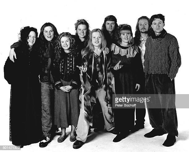 Kathy Kelly Bruder Paddy Schwester Barby Schwester Patricia Angelo Bruder Jimmy Schwester Maite Bruder Paul Bruder Joey von Musikgruppe 'The Kelly...