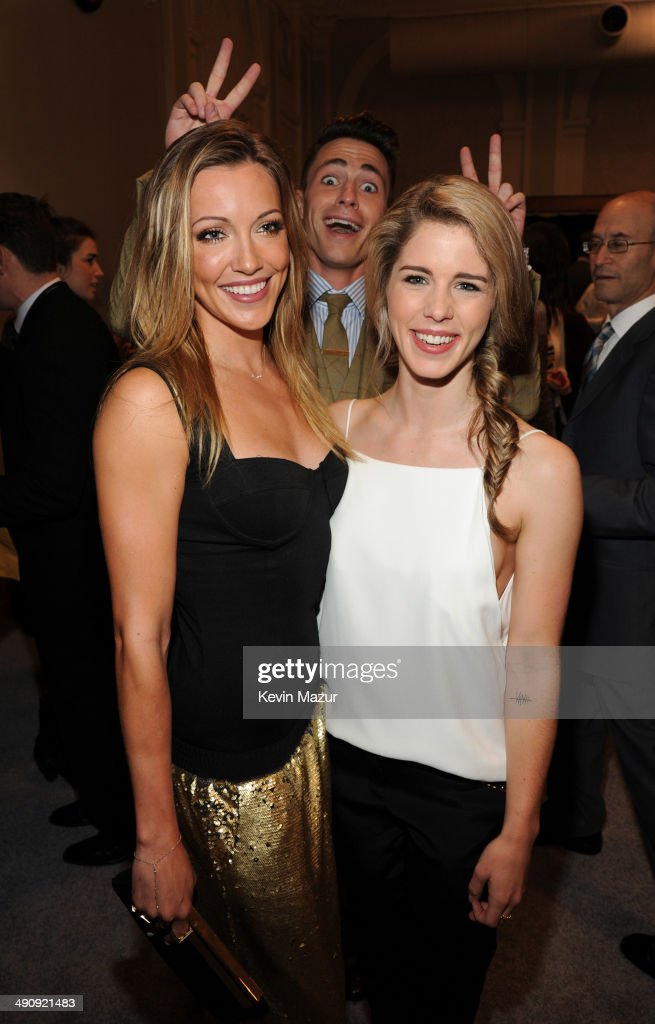<a gi-track='captionPersonalityLinkClicked' href=/galleries/search?phrase=Katie+Cassidy&family=editorial&specificpeople=569891 ng-click='$event.stopPropagation()'>Katie Cassidy</a>, <a gi-track='captionPersonalityLinkClicked' href=/galleries/search?phrase=Colton+Haynes&family=editorial&specificpeople=4282136 ng-click='$event.stopPropagation()'>Colton Haynes</a> and <a gi-track='captionPersonalityLinkClicked' href=/galleries/search?phrase=Emily+Bett+Rickards&family=editorial&specificpeople=10931592 ng-click='$event.stopPropagation()'>Emily Bett Rickards</a> attend The CW Network's 2014 Upfront at New York City Center on May 15, 2014 in New York City.