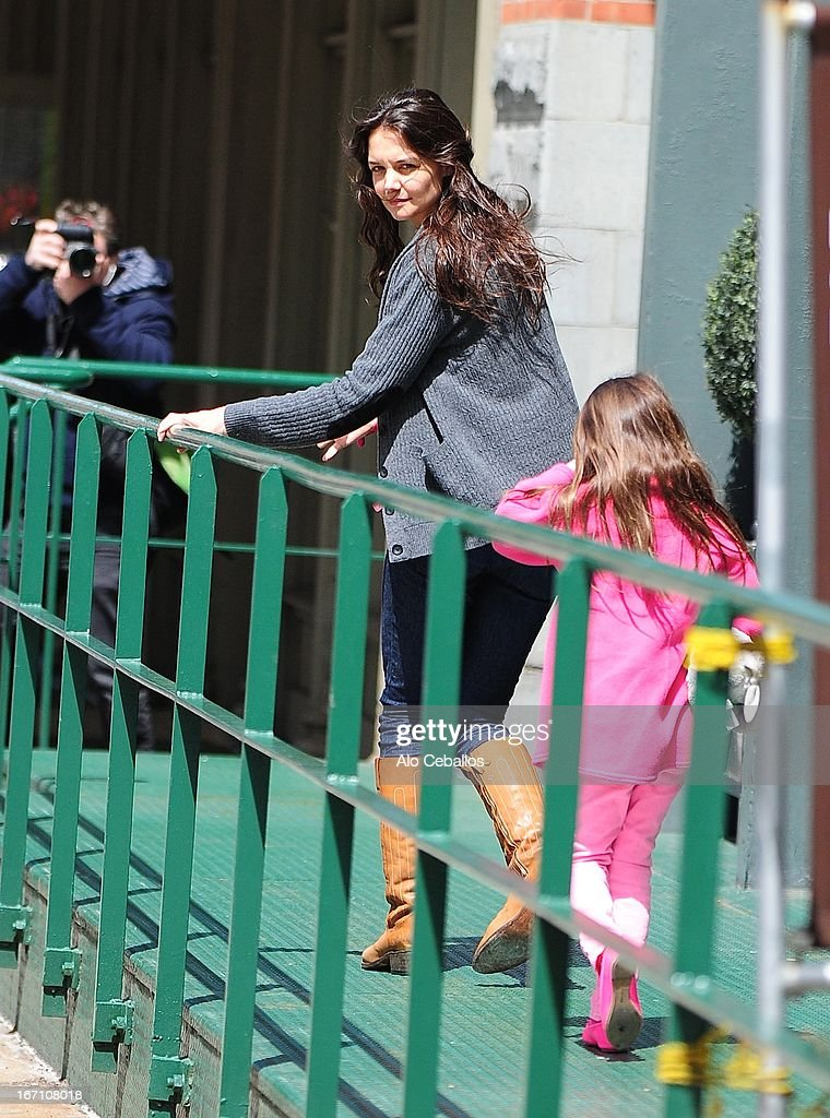 <a gi-track='captionPersonalityLinkClicked' href=/galleries/search?phrase=Katie+Holmes&family=editorial&specificpeople=201598 ng-click='$event.stopPropagation()'>Katie Holmes</a> and <a gi-track='captionPersonalityLinkClicked' href=/galleries/search?phrase=Suri+Cruise&family=editorial&specificpeople=4029470 ng-click='$event.stopPropagation()'>Suri Cruise</a> are seen in Tribeca on April 20, 2013 in New York City.
