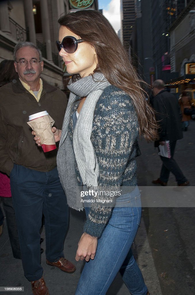<a gi-track='captionPersonalityLinkClicked' href=/galleries/search?phrase=Katie+Holmes&family=editorial&specificpeople=201598 ng-click='$event.stopPropagation()'>Katie Holmes</a> arriving at her broadway play Dead Accounts on November 24, 2012 in New York City.