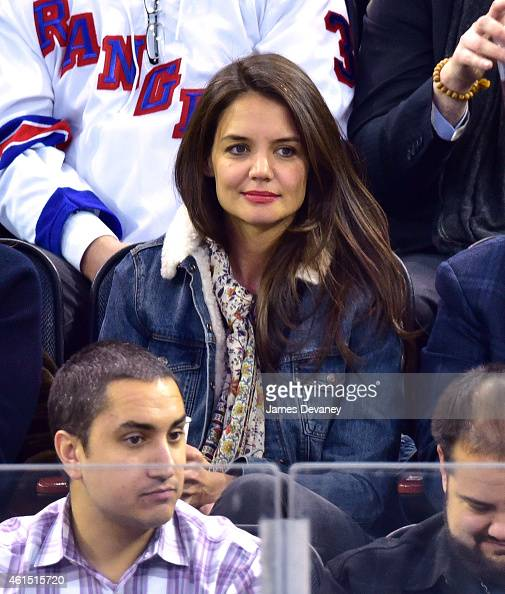 Katie Holmes attends the New York Islanders vs New York Rangers game at Madison Square Garden on January 13 2015 in New York City