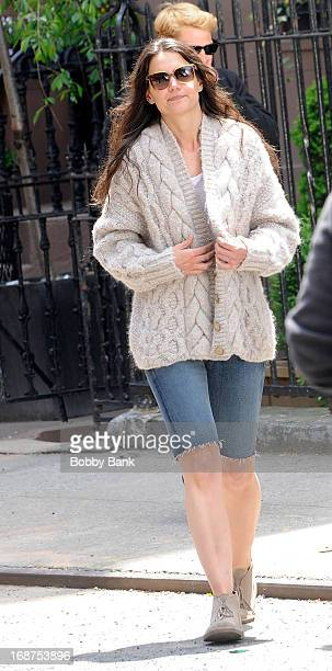 Katie Holmes filming on location for 'Mania Days' on May 14 2013 in New York City