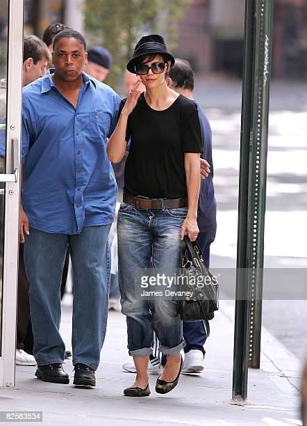 Katie Holmes seen on the streets of Manhattan on August 23 2008 in New York City