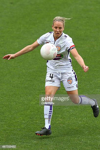 Katie Holtham of the Glory in action during the round five WLeague match between Brisbane Roar and Perth Glory at Suncorp Stadium on November 15 2015...