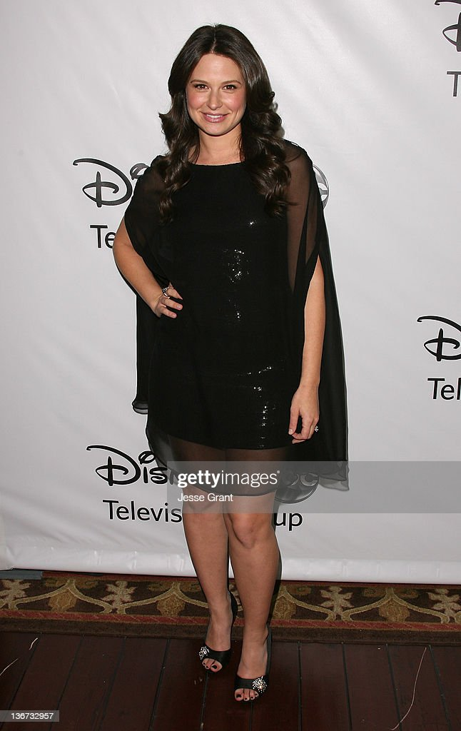 Katie Lowes arrives to Disney ABC Television Group's 'TCA Winter Press Tour' at the Langham Huntington Hotel on January 10, 2012 in Pasadena, California.