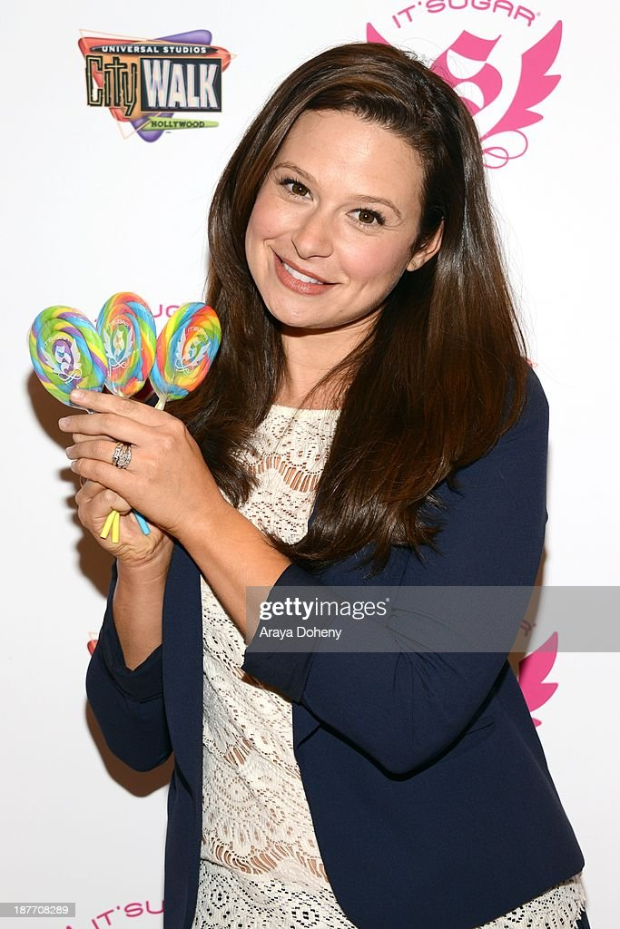 <a gi-track='captionPersonalityLinkClicked' href=/galleries/search?phrase=Katie+Lowes&family=editorial&specificpeople=5527804 ng-click='$event.stopPropagation()'>Katie Lowes</a> attends the It'Sugar presents ceremonial check to actress and 'Scandal' star <a gi-track='captionPersonalityLinkClicked' href=/galleries/search?phrase=Katie+Lowes&family=editorial&specificpeople=5527804 ng-click='$event.stopPropagation()'>Katie Lowes</a> on behalf of The Lollipop Theater Network at It'Sugar on November 11, 2013 in Universal City, California.