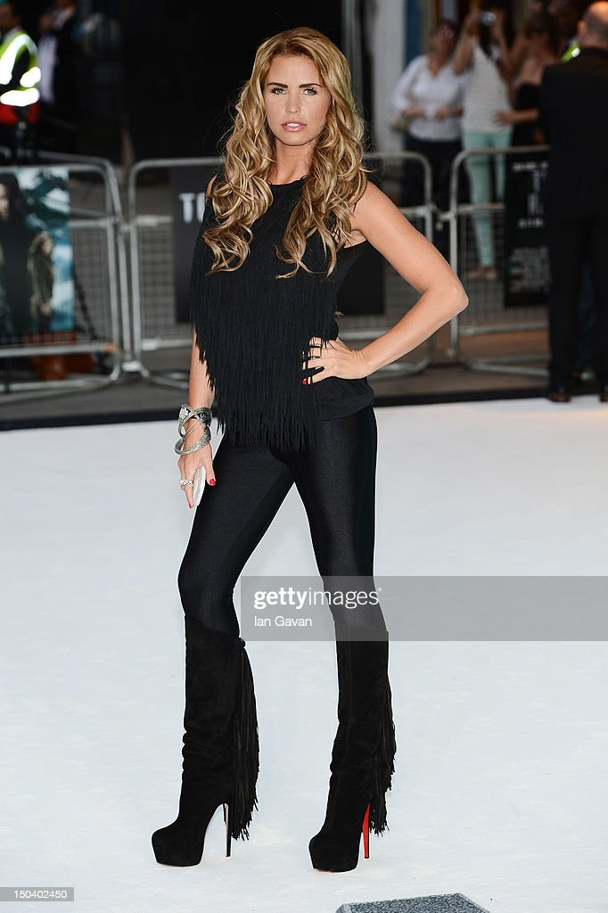 Katie Price attends the 'Total Recall' UK premiere at Vue West End on August 16, 2012 in London, England.