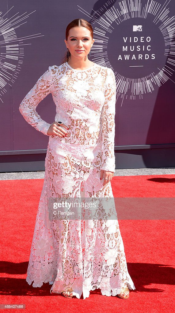 <a gi-track='captionPersonalityLinkClicked' href=/galleries/search?phrase=Katie+Stevens&family=editorial&specificpeople=6749187 ng-click='$event.stopPropagation()'>Katie Stevens</a> arrives at the 2014 MTV Video Music Awards at The Forum on August 24, 2014 in Inglewood, California.