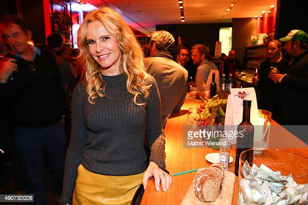 Katja Burkard attends Weinberg premiere party of TNT Serie at The New Yorker Long Island Grill Bar on September 30th 2015 in Cologne Germany The...