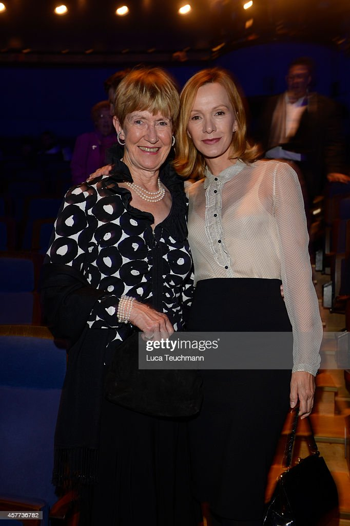 Katja Flint and Irmgard Flint attend 'The Wyld Nicht von dieser Welt' Premiere at FriedrichstadtPalast on October 23 2014 in Berlin Germany
