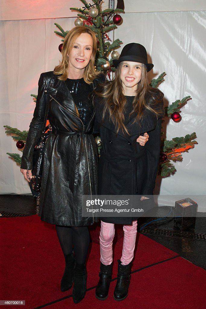 Katja Flint and Lisa Mund attend the 11th Roncalli Christmas Circus at Tempodrom on December 19 2014 in Berlin Germany