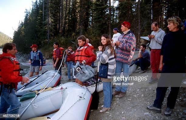'Katja Woywood Christopher L Barker und Fernsehteam ZDFFilm ''Ein unvergeßliches Wochenende in Kanada'' am in Nationalpark in den Rocky Mountains in...