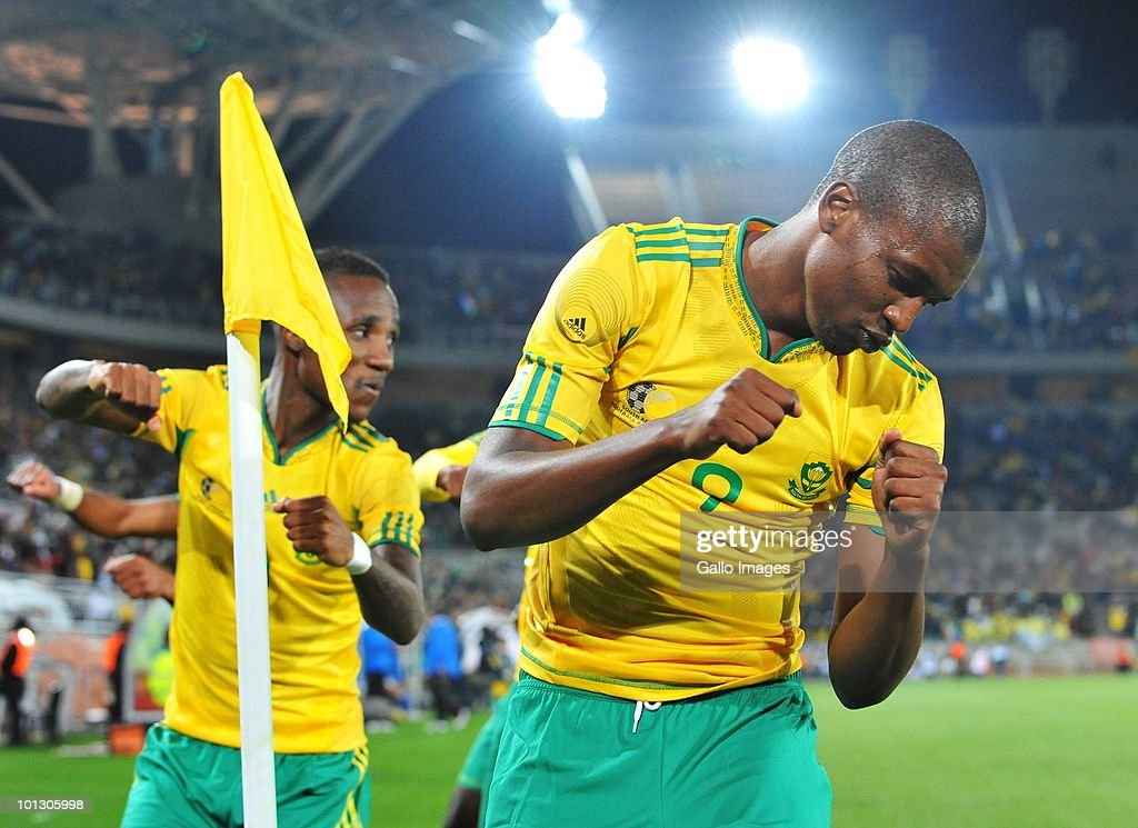 <a gi-track='captionPersonalityLinkClicked' href=/galleries/search?phrase=Katlego+Mphela&family=editorial&specificpeople=4501352 ng-click='$event.stopPropagation()'>Katlego Mphela</a> of Bafana celebrates after scoring a goal from the penalty spot during the International Friendly match between South Africa and Guatemala at the Peter Mokaba Stadium on May 31, 2010 in Polokwane, South Africa.