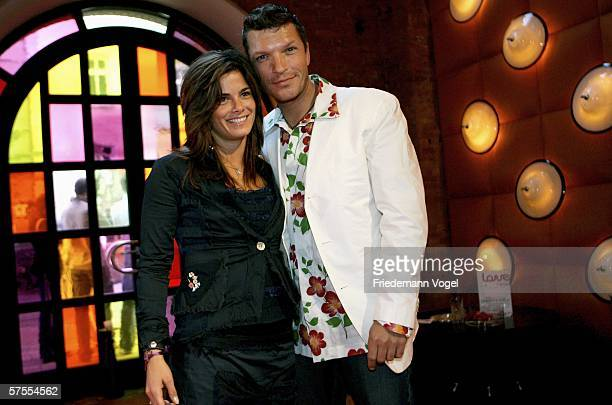 Katrin Fehringer and Hardy Krueger Jr arrive for the 'Love Helps' Charity Gala at East Hotel May 07 2006 in Hamburg Germany The 'Love Helps' Charity...