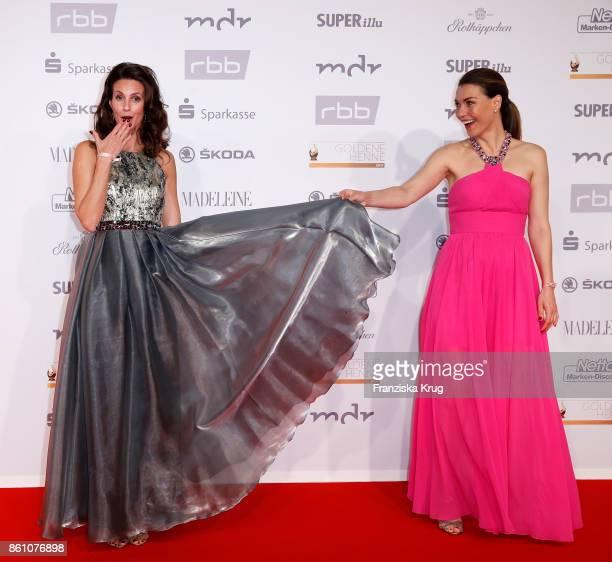 Katrin Wrobel and Annett Moeller attend the Goldene Henne on October 13 2017 in Leipzig Germany