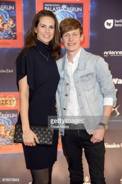 Katrin Wrobel and Lars Urban attend the premiere of the children's show 'Spiel mit der Zeit' at Friedrichstadtpalast on November 19 2017 in Berlin...