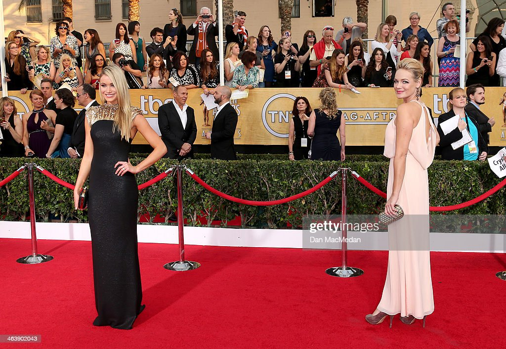 Katrina Bowden (L) and Crystal Allen arrives at the 20th Annual Screen Actors Guild Awards at the Shrine Auditorium on January 18, 2014 in Los Angeles, California.