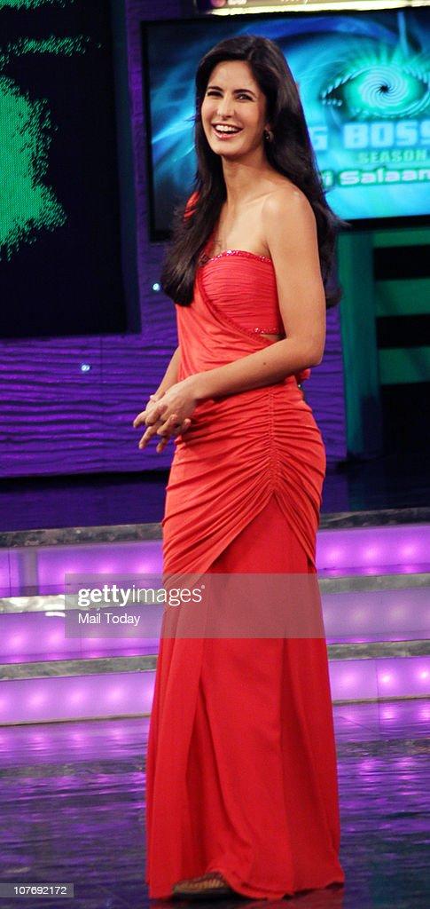 Katrina Kaif on the sets of Bigg Boss Season 4 Katrina Kaif and Farah Khan were there to promote their upcoming film Tees Maar Khan