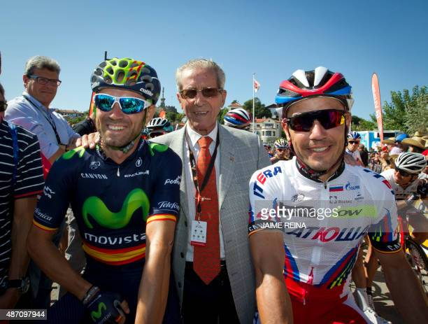 Katusha's Spanish cyclist Joaquin Rodriguez Movistar's Spanish cyclist Alejandro Valverde and Spanish cycling leyend Federico Bahamontes pose prior...