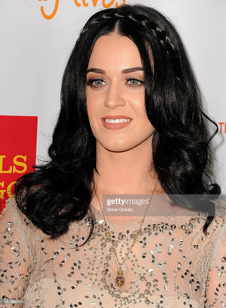 Katy Perry arrives at the The Trevor Project's 2012 'Trevor Live' Event Honoring Katy Perry at Hollywood Palladium on December 2, 2012 in Hollywood, California.