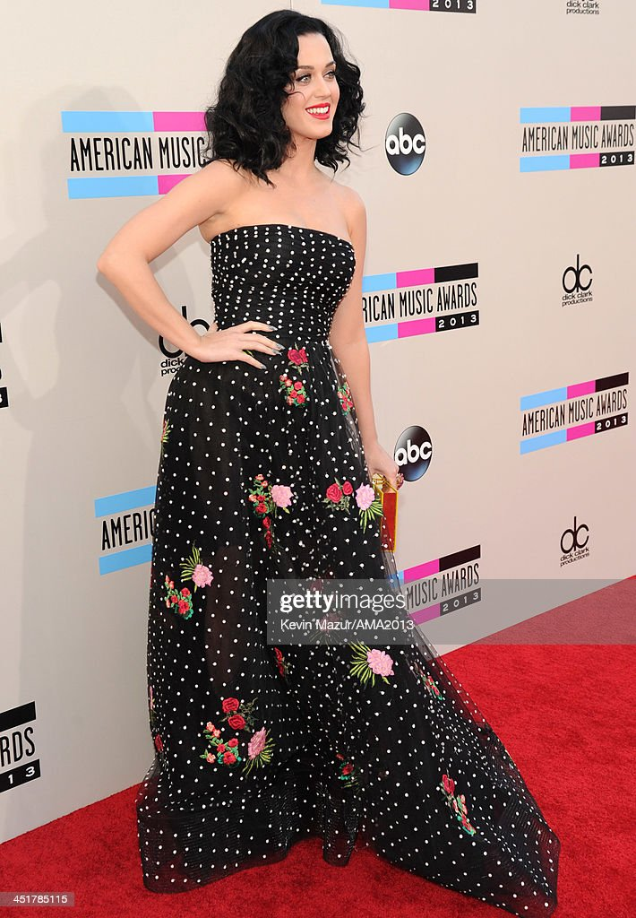 Katy Perry attends the 2013 American Music Awards at Nokia Theatre L.A. Live on November 24, 2013 in Los Angeles, California.