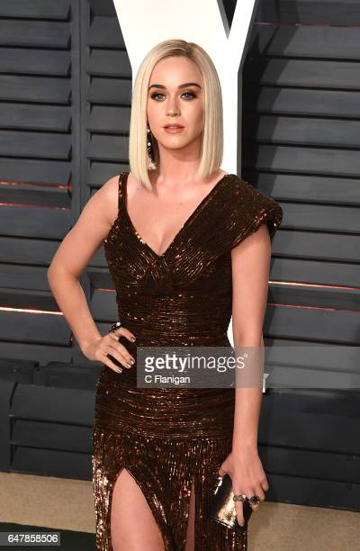 Katy Perry attends the 2017 Vanity Fair Oscar Party hosted by Graydon Carter at Wallis Annenberg Center for the Performing Arts on February 26 2017...