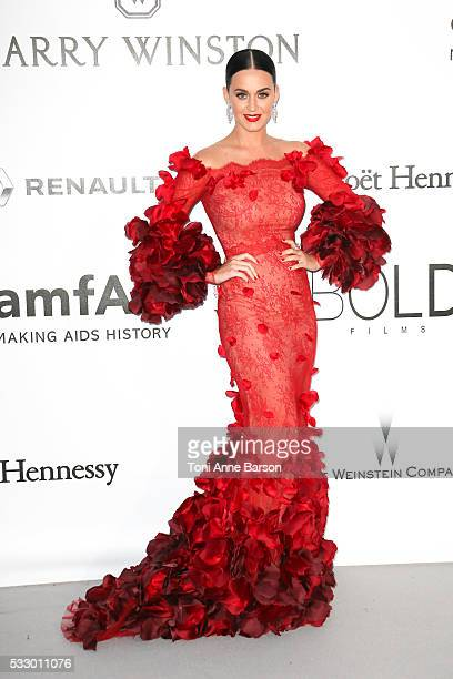 Katy Perry attends the amfAR's 23rd Cinema Against AIDS Gala at Hotel du CapEdenRoc on May 19 2016 in Cap d'Antibes France