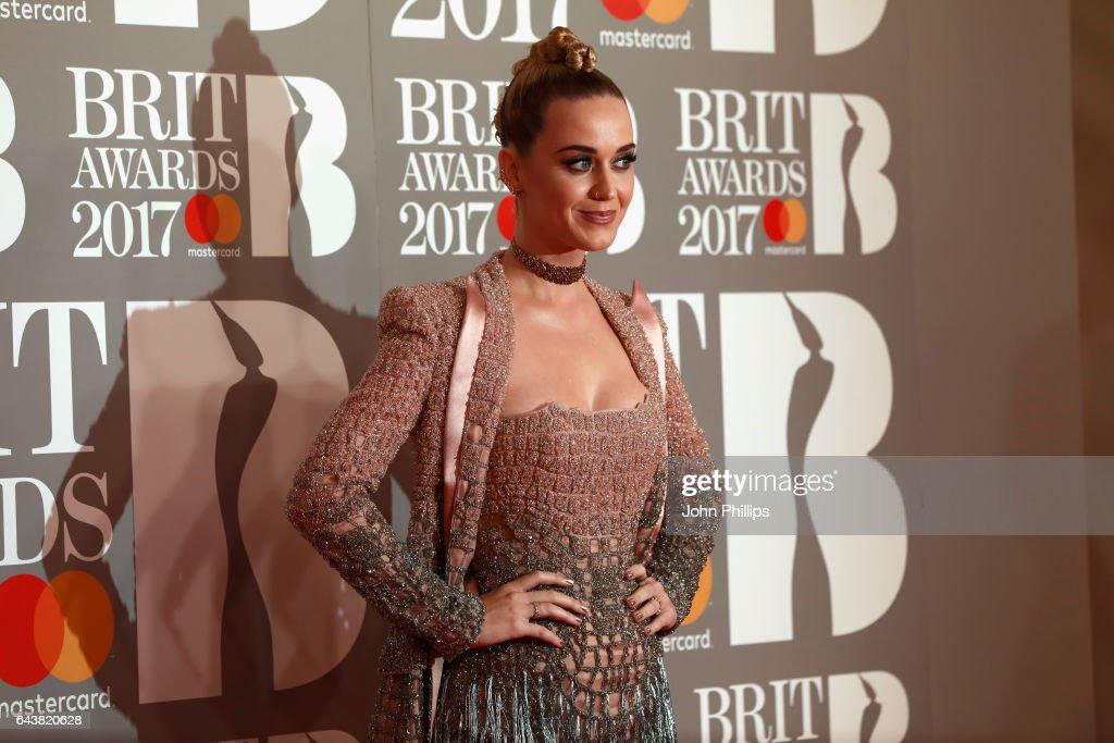 The BRIT Awards 2017 - Arrivals