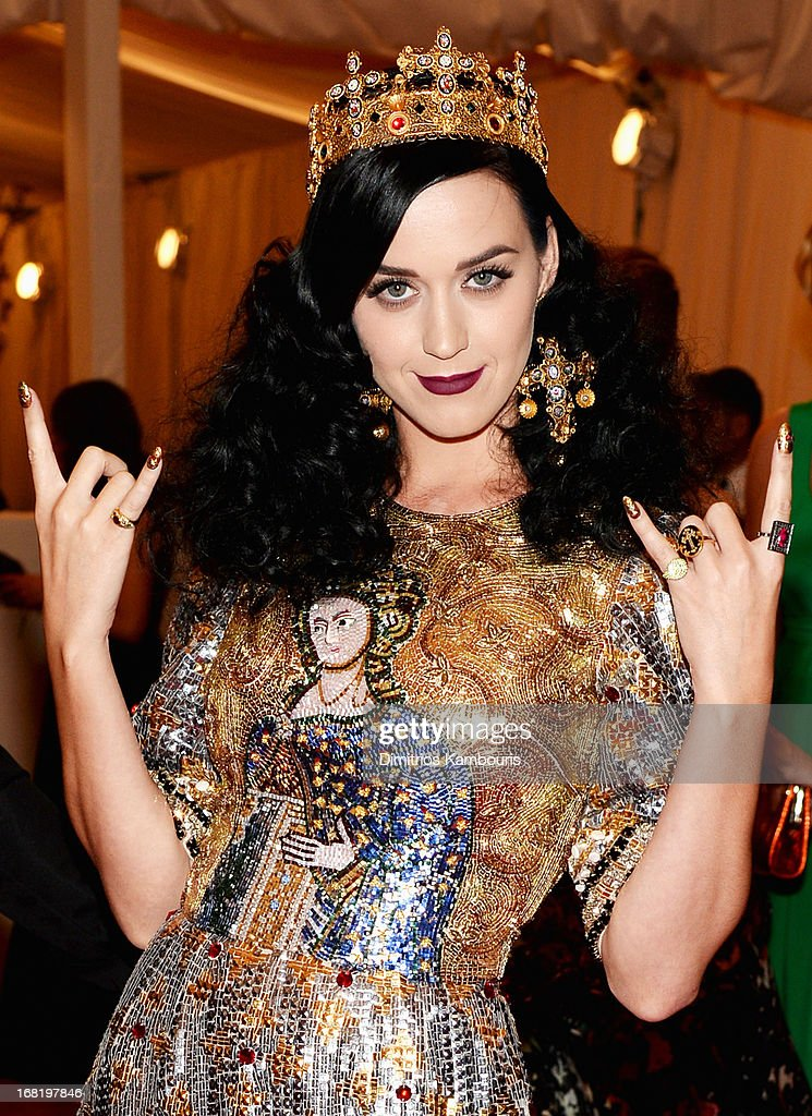 <a gi-track='captionPersonalityLinkClicked' href=/galleries/search?phrase=Katy+Perry&family=editorial&specificpeople=599558 ng-click='$event.stopPropagation()'>Katy Perry</a> attends the Costume Institute Gala for the 'PUNK: Chaos to Couture' exhibition at the Metropolitan Museum of Art on May 6, 2013 in New York City.