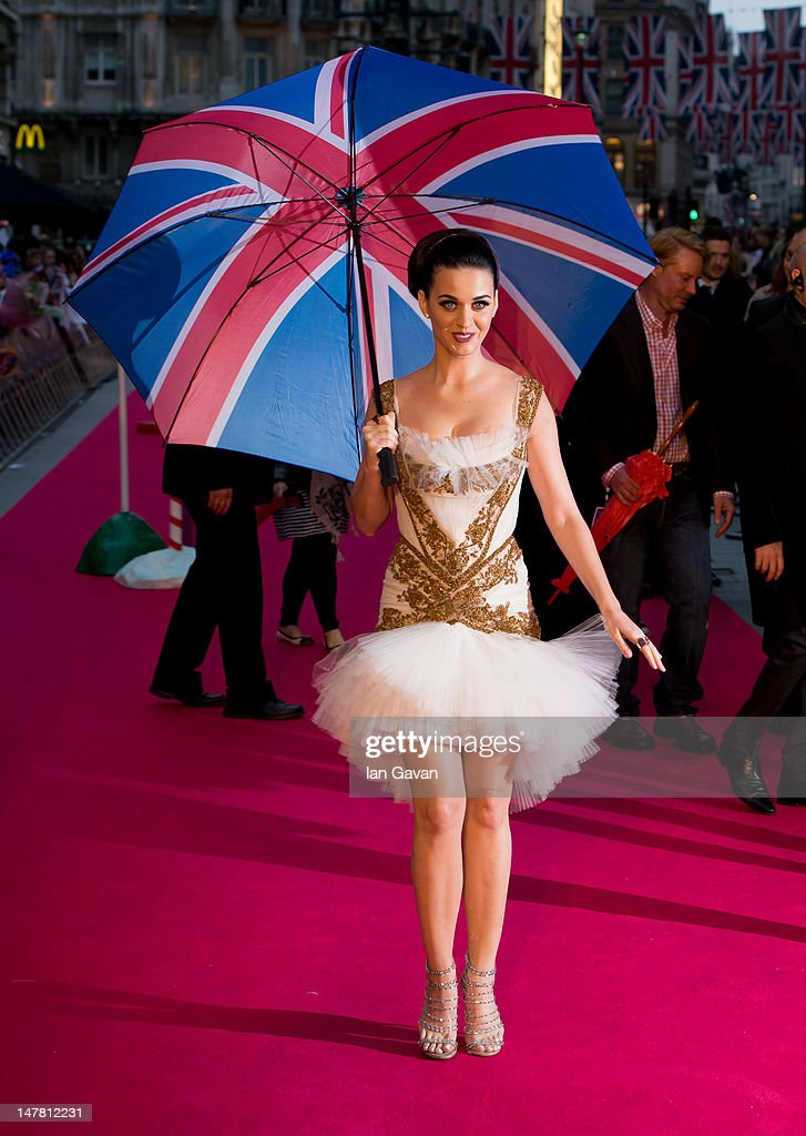 <a gi-track='captionPersonalityLinkClicked' href=/galleries/search?phrase=Katy+Perry&family=editorial&specificpeople=599558 ng-click='$event.stopPropagation()'>Katy Perry</a> attends the European Premiere of '<a gi-track='captionPersonalityLinkClicked' href=/galleries/search?phrase=Katy+Perry&family=editorial&specificpeople=599558 ng-click='$event.stopPropagation()'>Katy Perry</a> Part Of Me' at Empire Leicester Square on July 3, 2012 in London, England.