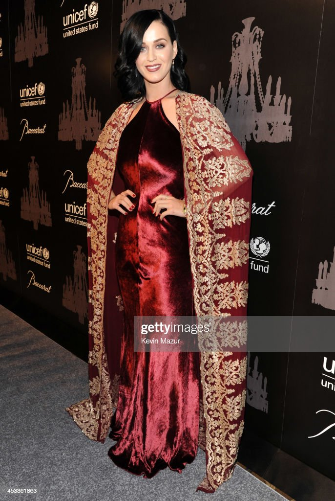 <a gi-track='captionPersonalityLinkClicked' href=/galleries/search?phrase=Katy+Perry&family=editorial&specificpeople=599558 ng-click='$event.stopPropagation()'>Katy Perry</a> attends The Ninth Annual UNICEF Snowflake Ball at Cipriani, Wall Street on December 3, 2013 in New York City.