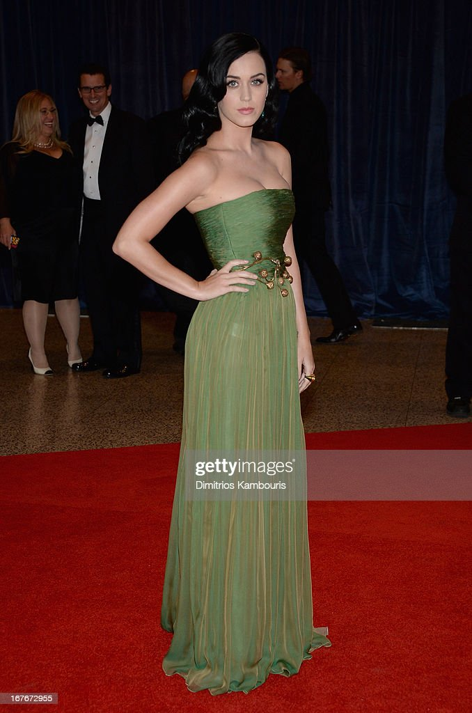 Katy Perry attends the White House Correspondents' Association Dinner at the Washington Hilton on April 27, 2013 in Washington, DC.