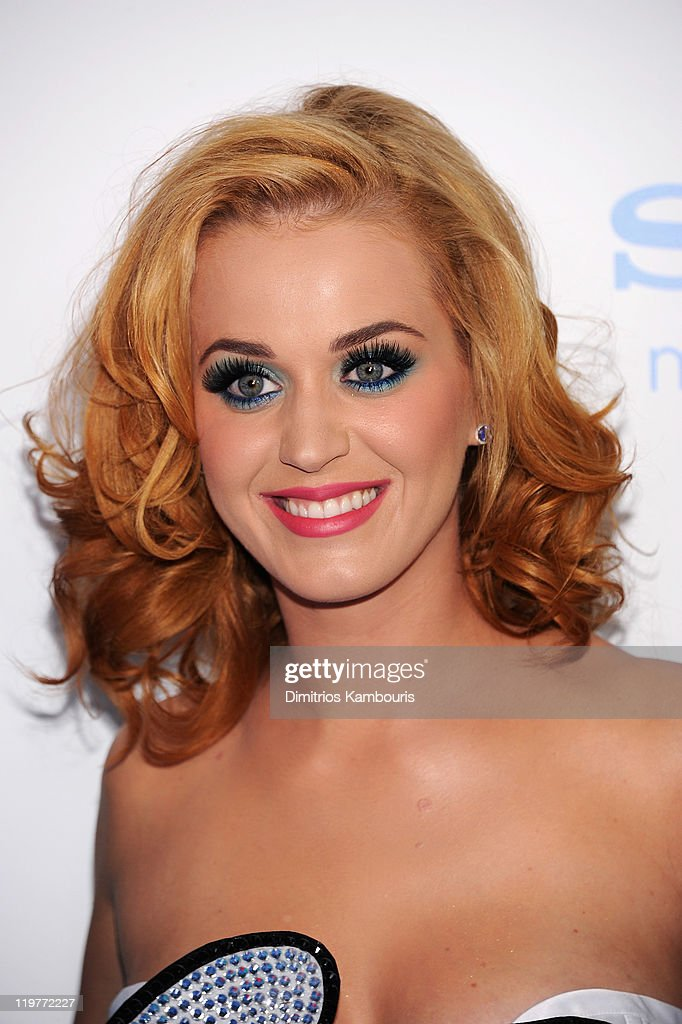 Katy Perry attends the world premiere of 'The Smurfs' at the Ziegfeld Theater on July 24 2011 in New York City